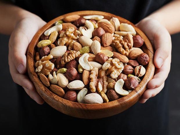 Khổ sở vì gặp cảnh táo bón: Tìm ngay 5 loại thực phẩm là thuốc nhuận tràng tự nhiên dành cho bạn - Ảnh 4.