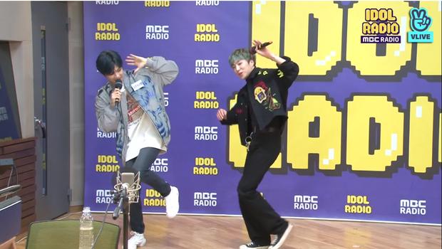 """Kang Daniel thử thách Yoon (WINNER) với vũ đạo """"2U"""", tiết lộ nguồn cảm hứng ẩn sau album mới và thực hiện hàng loạt hành động đáng yêu khiến fan tan chảy - Ảnh 6."""