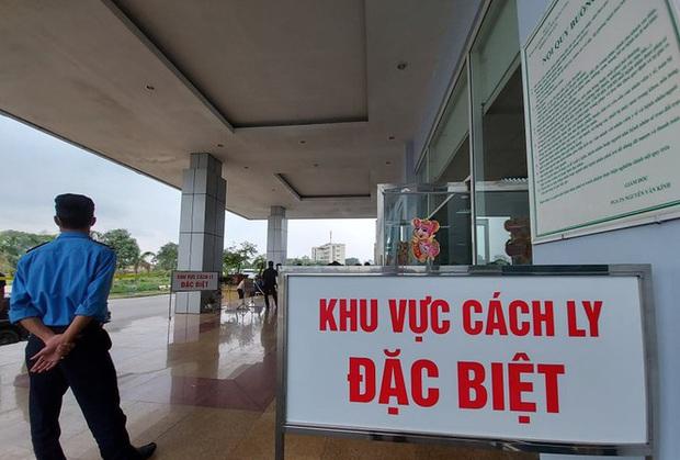 Truy tìm lao động về từ Trung Quốc trốn cách ly ở bệnh viện Lào Cai - Ảnh 1.