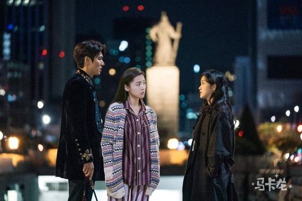 Lee Min Ho và Kim Go Eun ván chưa đóng thuyền đã bị hội nằm nhà tránh dịch photoshop đánh ghen tung toé trên mạng?  - Ảnh 3.