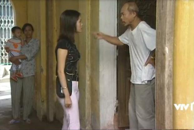 3 kiểu chủ trọ quái chiêu trên màn ảnh Việt, cô Đồng của Nhà Trọ Balanha còn chơi lớn bắt trend mùa Cô Vy? - Ảnh 11.