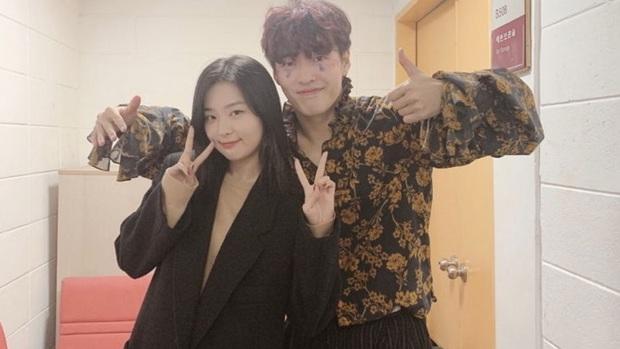 Những hội bạn thân Kbiz ít ai ngờ: Chanyeol, Wendy, Suga thân cùng 1 idol, team bạn BLACKPINK chưa sốc bằng Jin (BTS) - Ảnh 1.
