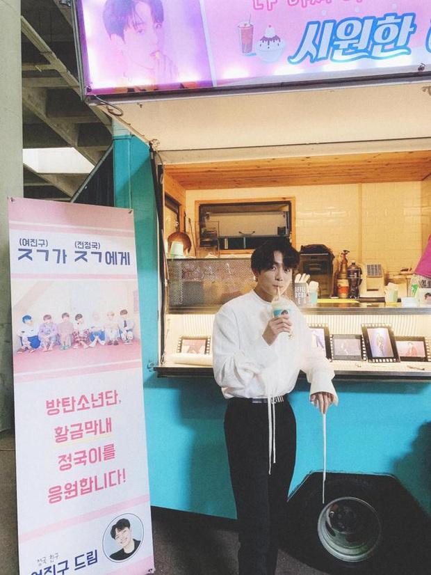 Những hội bạn thân Kbiz ít ai ngờ: Chanyeol, Wendy, Suga thân cùng 1 idol, team bạn BLACKPINK chưa sốc bằng Jin (BTS) - Ảnh 13.