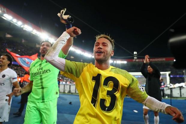 10 ngôi sao bóng đá hưởng lương cao nhất châu Âu hiện nay - Ảnh 8.
