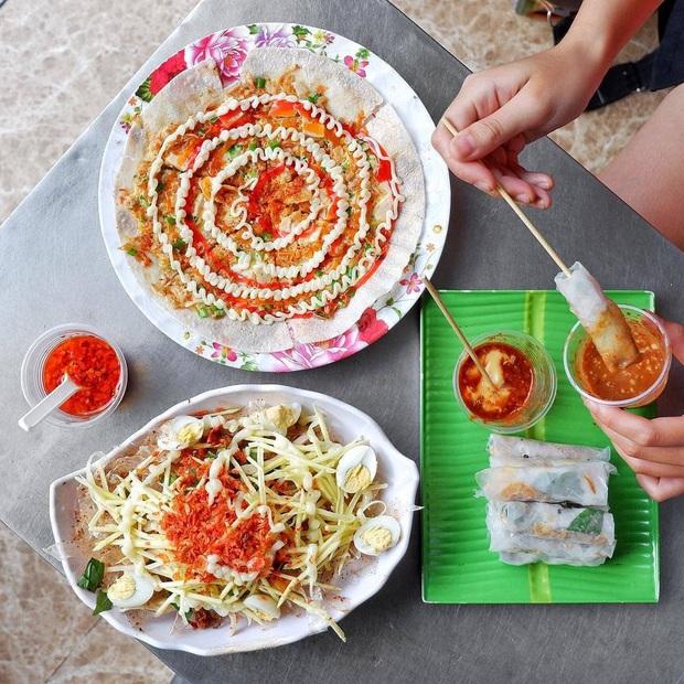 Càn quét hết 10 toạ độ bán bánh tráng ngon nức tiếng giữa lòng Sài Gòn, toàn là nơi đình đám được review rất tốt - Ảnh 19.