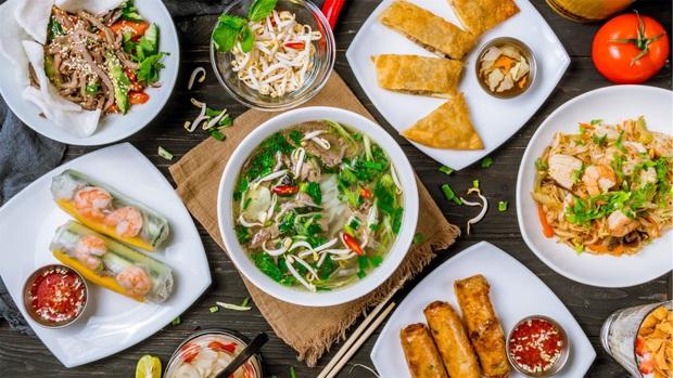 Báo Mỹ đưa tin về hàng loạt nhà hàng ẩm thực châu Á tại Mỹ bị thất sủng vì dịch virus Corona - Ảnh 4.