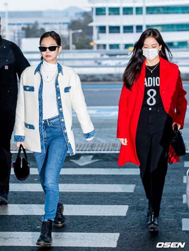 Tư tưởng lớn diện boots đen giống nhau, các sao Hàn ra sân bay để lại 9 chiêu mix đồ chanh sả cho các nàng bắt chước - Ảnh 3.