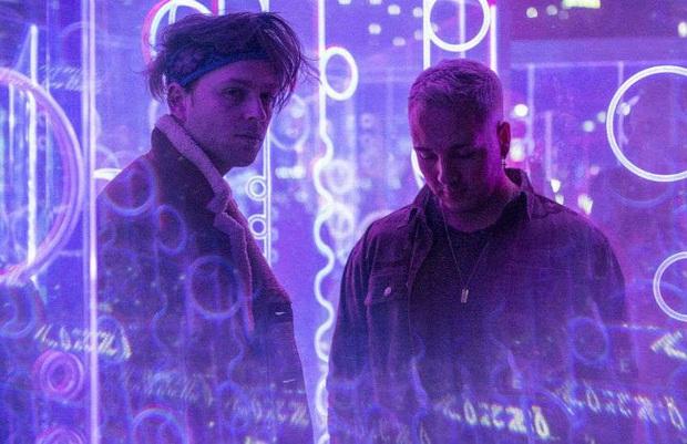 Ca khúc solo của V sẽ kết màn cho tour diễn toàn cầu của BTS, producer chẳng may hé lộ về màn hợp tác với Coldplay? - Ảnh 5.
