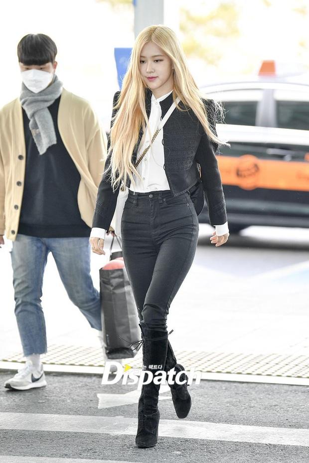 Tư tưởng lớn diện boots đen giống nhau, các sao Hàn ra sân bay để lại 9 chiêu mix đồ chanh sả cho các nàng bắt chước - Ảnh 4.