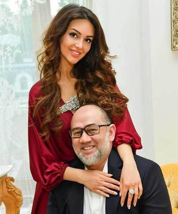 Con trai của người đẹp Nga bị cựu vương Malaysia phủ nhận chung huyết thống gây bất ngờ với hình ảnh hiện tại - Ảnh 1.