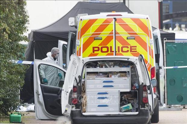 Vụ 39 thi thể trong xe tải ở Anh: Thêm một đối tượng bị cáo buộc - Ảnh 1.