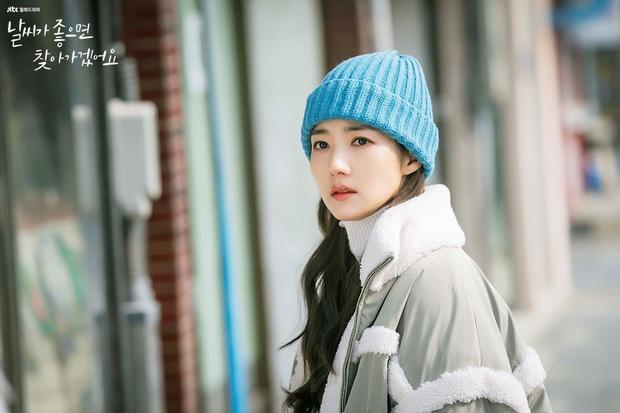 Review Trời Đẹp Em Sẽ Đến: Bộ phim lãng mạn thanh lọc tâm hồn của Park Min Young, mê drama gay gắt thì né ngay còn kịp - Ảnh 7.