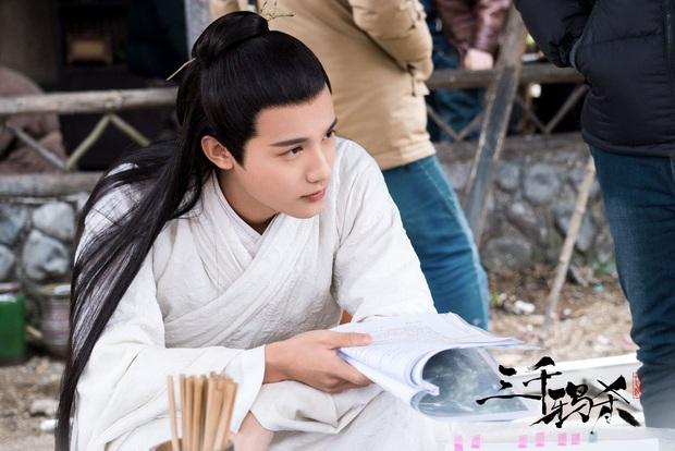 Bom tấn cổ trang Cô Thành Bế và loạt phim Hoa Ngữ đình đám đổ bộ truyền hình tháng 3 - Ảnh 4.