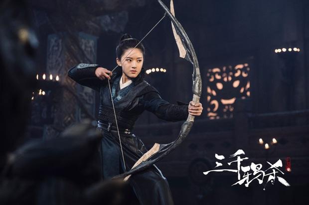 Bom tấn cổ trang Cô Thành Bế và loạt phim Hoa Ngữ đình đám đổ bộ truyền hình tháng 3 - Ảnh 3.