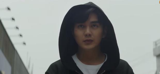 Yoo Seung Ho lộ sở thích đụng chạm người lạ, già trẻ gái trai đều không tha ở teaser Memorist tập 1 - Ảnh 5.