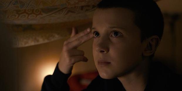 Bất ngờ chưa, Eleven ở Stranger Things chính là hiện thân của thí nghiệm khoa học vô nhân tính có thật tại Mỹ - Ảnh 8.