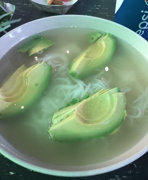 Muôn kiểu ăn bơ kỳ lạ của người phương Tây nhưng cũng chưa chất bằng món cơm bơ chan mắm của Việt Nam - Ảnh 5.