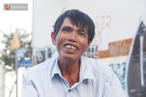 Đằng sau câu chuyện người đàn ông nghèo bật khóc khi bị CSGT tịch thu xích lô: Mấy chú góp tiền để tui mua chiếc xe máy, tui biết ơn dữ lắm! - Ảnh 2.