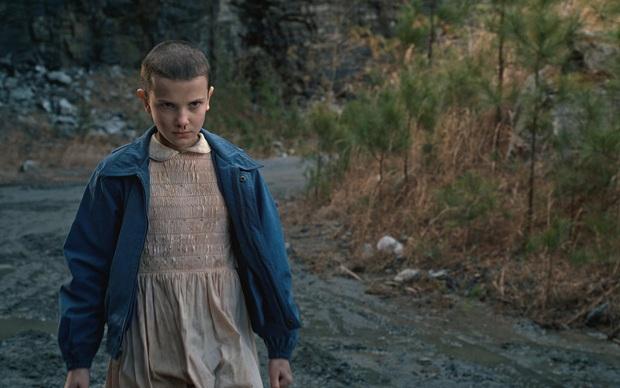 Bất ngờ chưa, Eleven ở Stranger Things chính là hiện thân của thí nghiệm khoa học vô nhân tính có thật tại Mỹ - Ảnh 2.