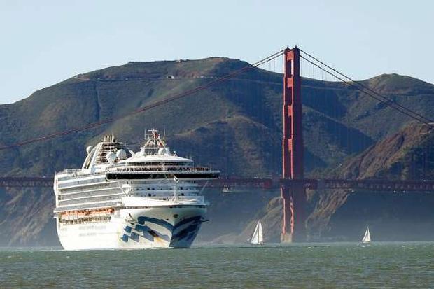 California ban bố tình trạng khẩn cấp khi có ca đầu tiên qua đời vì nhiễm virus corona, là hành khách trên du thuyền của Princess Cruises - Ảnh 1.