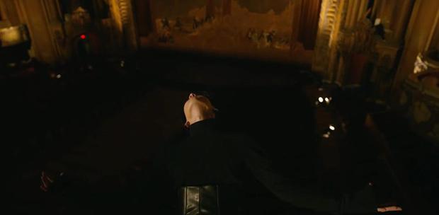 BTS đánh úp MV hạng khủng: Fan lại ngập ngụa với thuyết âm mưu gợi nhớ đến siêu phẩm kinh dị Black Swan - Ảnh 9.