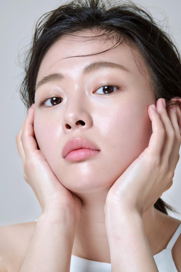 """Chăm da căng mọng, rạng rỡ """"bling bling kiểu Hàn: Chu trình bao nhiêu bước tùy bạn nhưng không thể bỏ qua ba nguyên tắc này - Ảnh 1."""