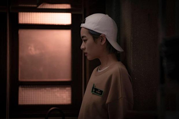 5 diễn viên siêu hot được chuyển giới ở màn ảnh châu Á có cả đầu bếp vạn người mê ở Tầng Lớp Itaewon và con gái Kim Tae Hee này! - Ảnh 7.