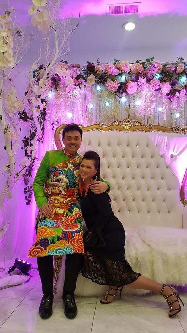 Bà xã chung sống hơn 30 năm của Chí Tài hiếm hoi lộ diện, hôn nhân hạnh phúc khiến vợ chồng Trấn Thành - Hari nức nở ngưỡng mộ! - Ảnh 7.