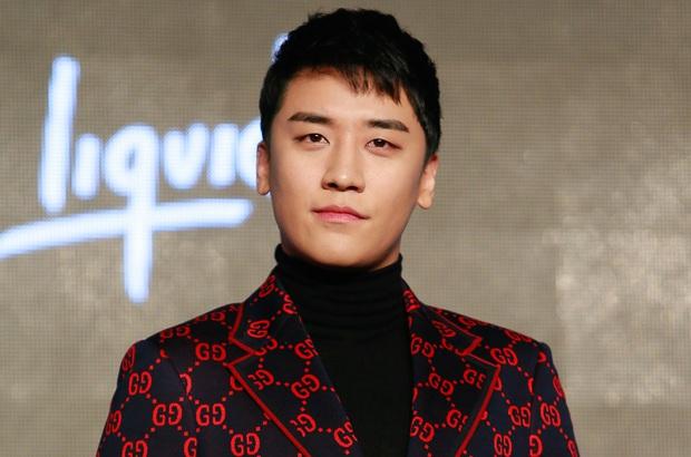 Nhân viên của YG lỡ để lại bình luận tiết lộ tình trạng của Seungri khi bị truy tố - Ảnh 1.