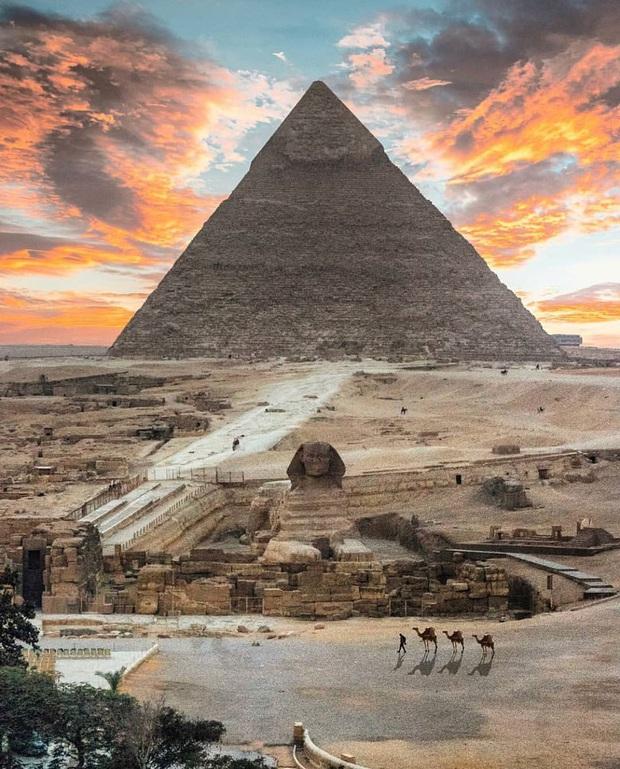 Hình ảnh được cho là diện mạo gốc của kim tự tháp Ai Cập khi vừa xây xong, hoá ra lại có màu trắng lấp lánh như kim cương? - Ảnh 7.