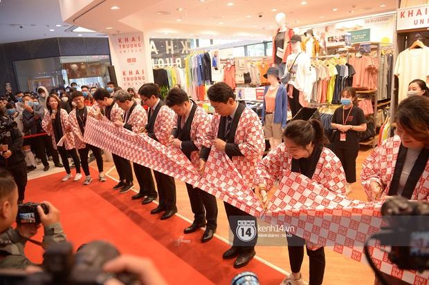 UNIQLO khai trương tại Hà Nội: Cực nhiều món đẹp xịn giá chỉ 249k - 499k, store rộng đi mỏi chân chưa xem hết đồ - Ảnh 3.