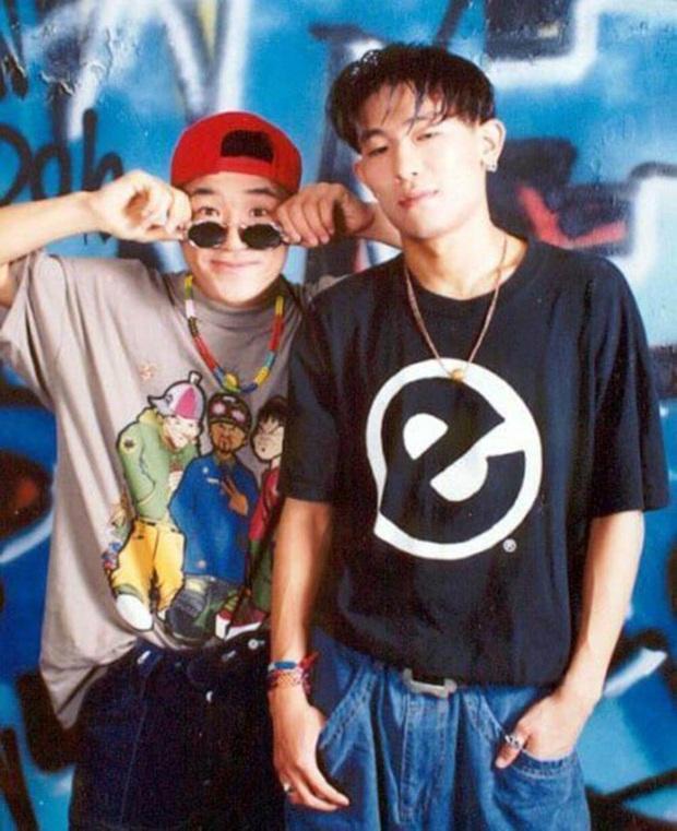 """Từng nổi như cồn rồi """"lặn mất tăm"""", T-ARA, """"em gái DBSK"""", JYJ và vô số sao Kpop khiến fan tiếc nuối vì thời hoàng kim đã mất - Ảnh 22."""