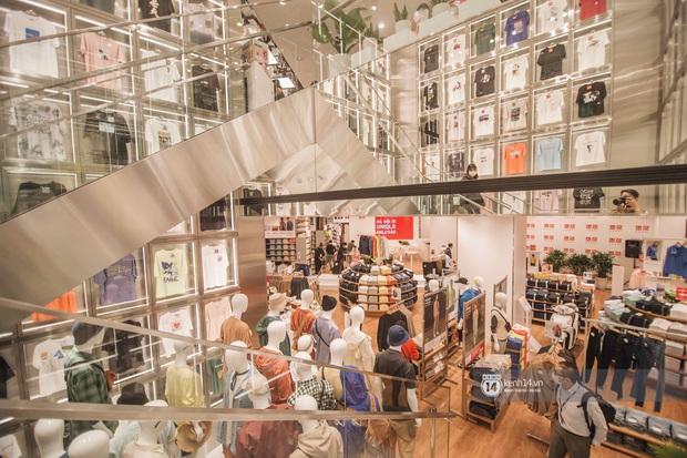 UNIQLO khai trương tại Hà Nội: Cực nhiều món đẹp xịn giá chỉ 249k - 499k, store rộng đi mỏi chân chưa xem hết đồ - Ảnh 20.