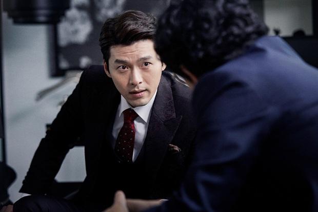 Đối lập hẳn với đại uý Ri, loạt ảnh Hyun Bin nhíu mày thôi cũng sexy mất máu 3 năm trước đang khiến chị em náo loạn - Ảnh 5.