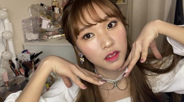 Cả thiên hạ ra đây mà xem, Mina (Twice) có chị em sinh đôi không cùng huyết thống chỉ nhờ thủ thuật makeup đây này - Ảnh 4.