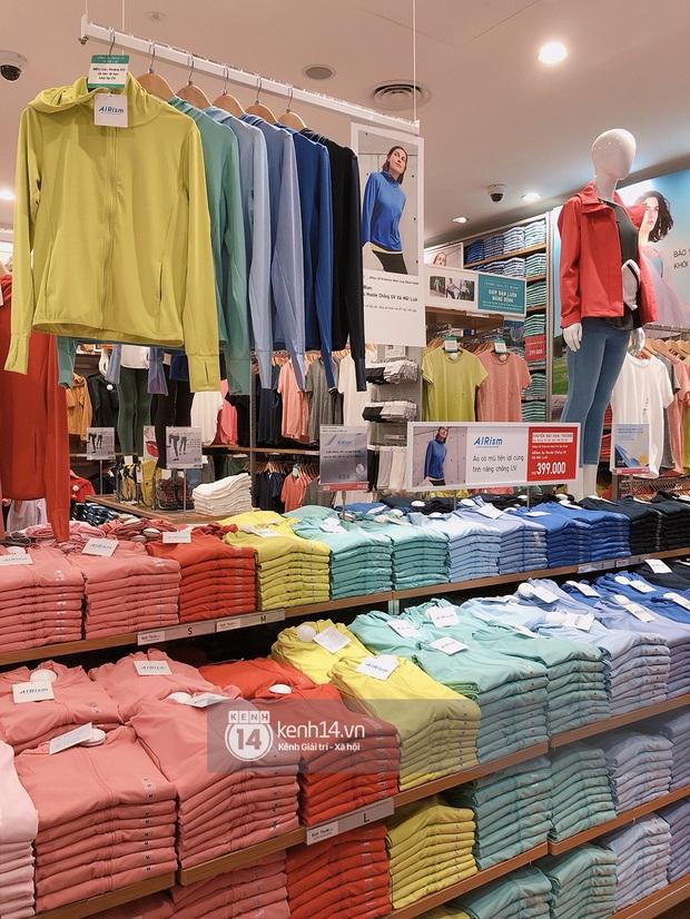 UNIQLO khai trương tại Hà Nội: Cực nhiều món đẹp xịn giá chỉ 249k - 499k, store rộng đi mỏi chân chưa xem hết đồ - Ảnh 40.