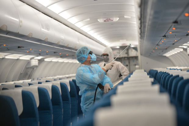 14/16 tiếp viên, phi công trên chuyến bay VN0054 có kết quả âm tính với COVID-19 - Ảnh 1.