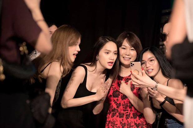 Cựu Hoa hậu Hương Giang tất bật chạy sân khấu, Hoài Sa chắc suất vào Top 12 trước giờ G chung kết Miss International Queen - Ảnh 7.