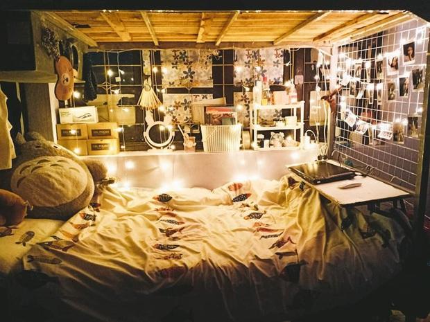 Nữ sinh chỉ tốn 1 triệu để biến góc giường ở kí  túc xá lung linh như studio: Nhìn mà không tin được luôn! - Ảnh 2.