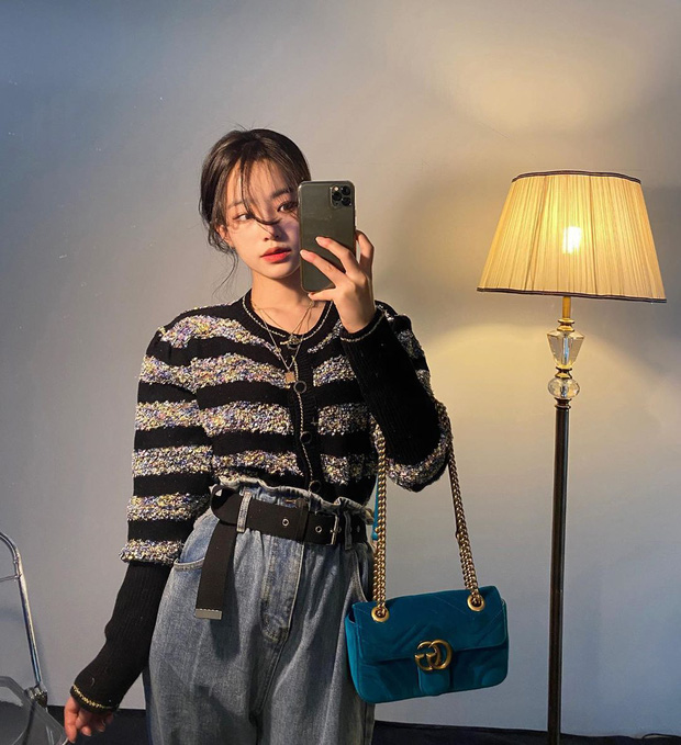 Trend ăn mặc của gái Hàn giờ là diện quần cạp siêu cao, kéo càng sát vòng một càng tốt - Ảnh 6.