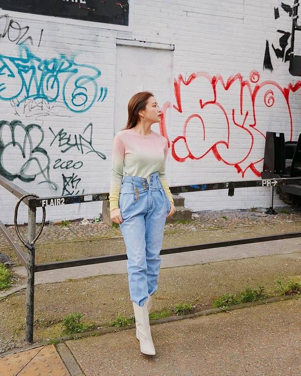 Trend ăn mặc của gái Hàn giờ là diện quần cạp siêu cao, kéo càng sát vòng một càng tốt - Ảnh 1.