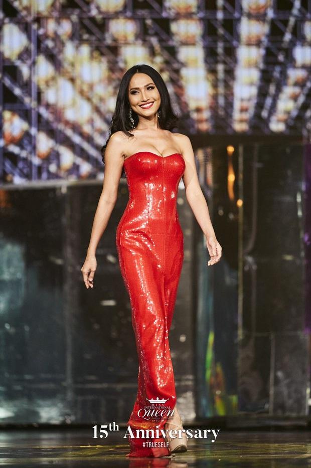 Trước giờ G Chung kết Hoa hậu Chuyển giới, Hoài Sa diện bikini đọ cùng thánh lô tô Lương Mỹ Kỳ: Body nhìn phát mê! - Ảnh 4.