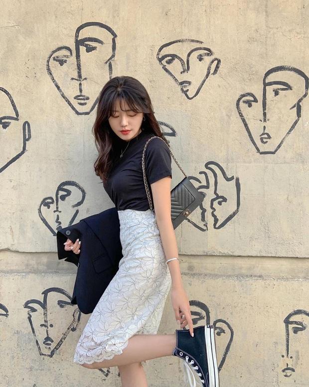 Trend ăn mặc của gái Hàn giờ là diện quần cạp siêu cao, kéo càng sát vòng một càng tốt - Ảnh 10.