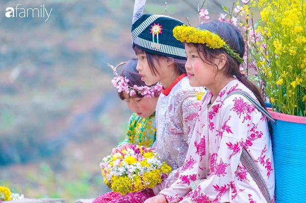 Hà Giang tháng 3 đẹp mê hồn trong mắt cô gái trẻ xứ Thanh, thật khó tin khi 4 loài hoa núi rừng đủ sắc màu cùng nở một lúc - Ảnh 14.