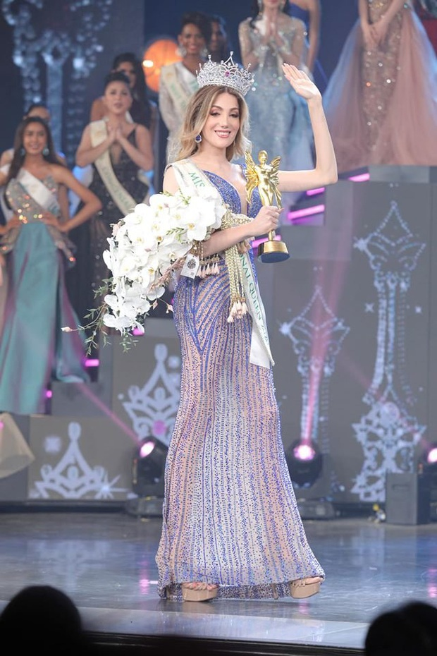 Khoảnh khắc người đẹp Mexico đăng quang Hoa hậu Chuyển giới: Chiều cao khủng chắm hết cả cựu Hoa hậu người Mỹ - Ảnh 5.