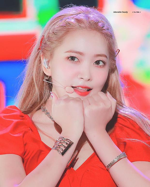 Yeri là thành viên Red Velvet duy nhất có 3 hình xăm nhưng đáng nói là vị trí xăm cực tinh tế - Ảnh 1.