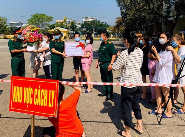 Ngày 8/3 đặc biệt của chị em tại khu cách ly phòng dịch Covid-19 ở Đà Nẵng - Ảnh 1.