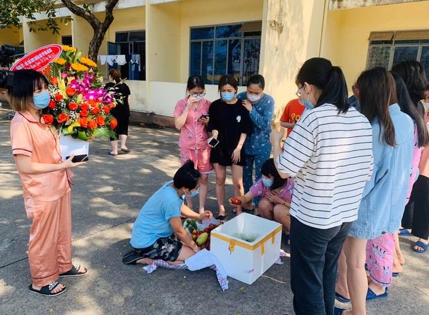Ngày 8/3 đặc biệt của chị em tại khu cách ly phòng dịch Covid-19 ở Đà Nẵng - Ảnh 5.