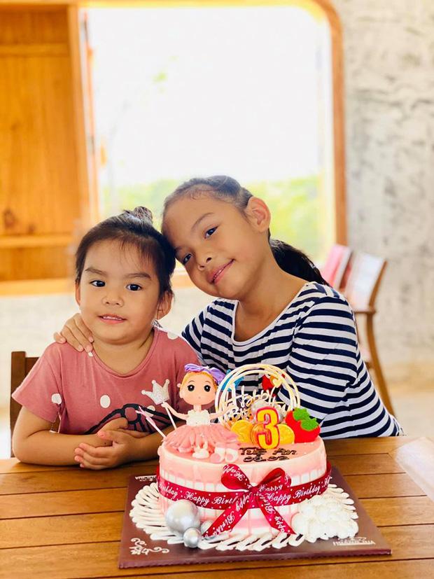 Phạm Quỳnh Anh và Quang Huy gây chú ý khi lại tái ngộ trong dịp sinh nhật con gái út: Ly hôn nhưng vẫn mãi là gia đình! - Ảnh 3.