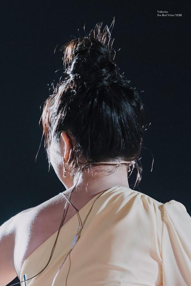 Yeri là thành viên Red Velvet duy nhất có 3 hình xăm nhưng đáng nói là vị trí xăm cực tinh tế - Ảnh 3.